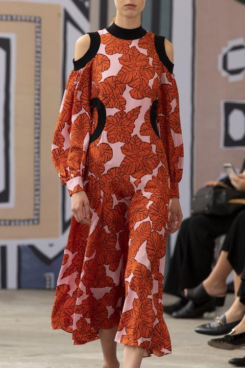 vestiti moda estate 2021 tendenza cut out