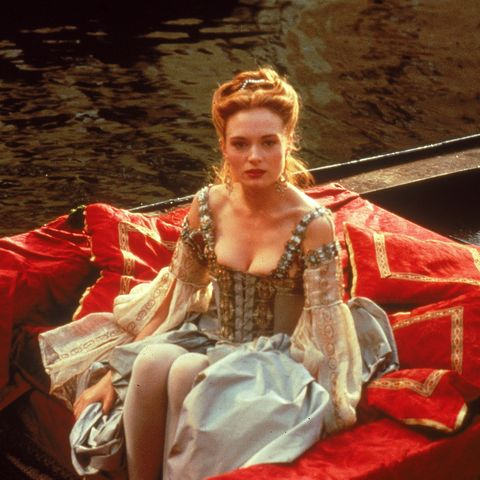 Boat, Boats and boating--Equipment and supplies, Headpiece, Costume design, Costume, Embellishment, Gown, Victorian fashion, Crown, Cg artwork,