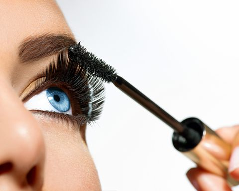 61ca6f32458 5 Mascara Tricks to Make Your Eyes Look Even More Amazing