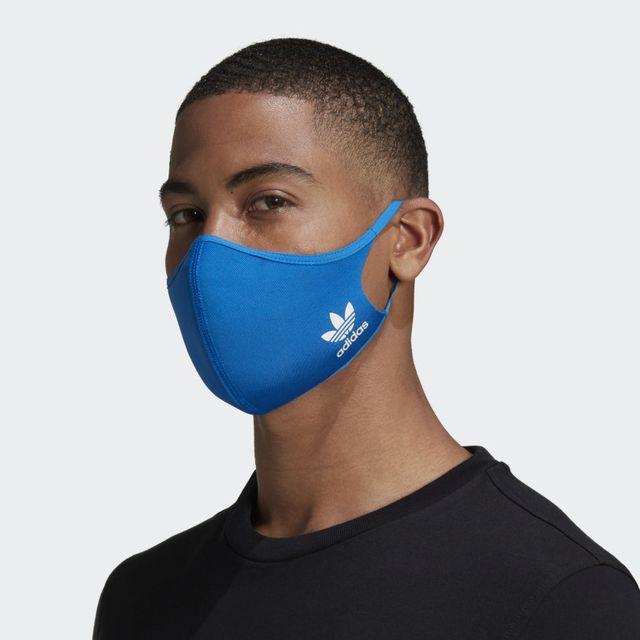 mascarilla de adidas en color azul