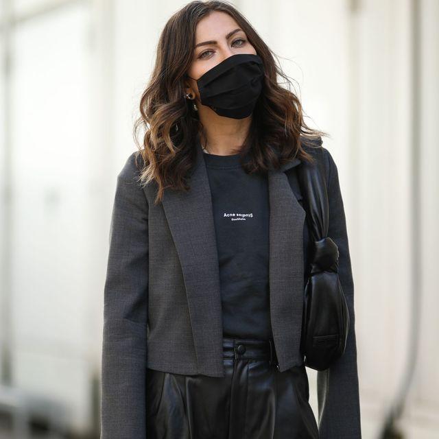 Salto menor espiral  Adidas repone sus mascarillas de tela solidarias y sostenibles