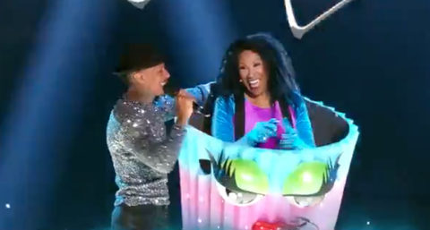 the masked singer us  cupcake unmasked as ruth pointer