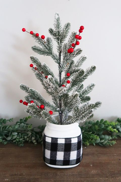 mason jar christmas crafts tree stand