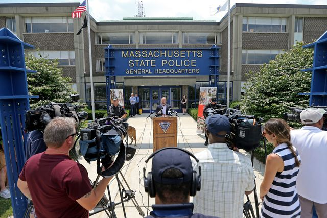 framingham, ma   july 7  the mass state police and the animal rescue league team up inform people about the dangers of leaving a pet in a car on a hot day on july 7, 2021 in , framingham, ma staff photo by stuart cahillmedianews groupboston herald