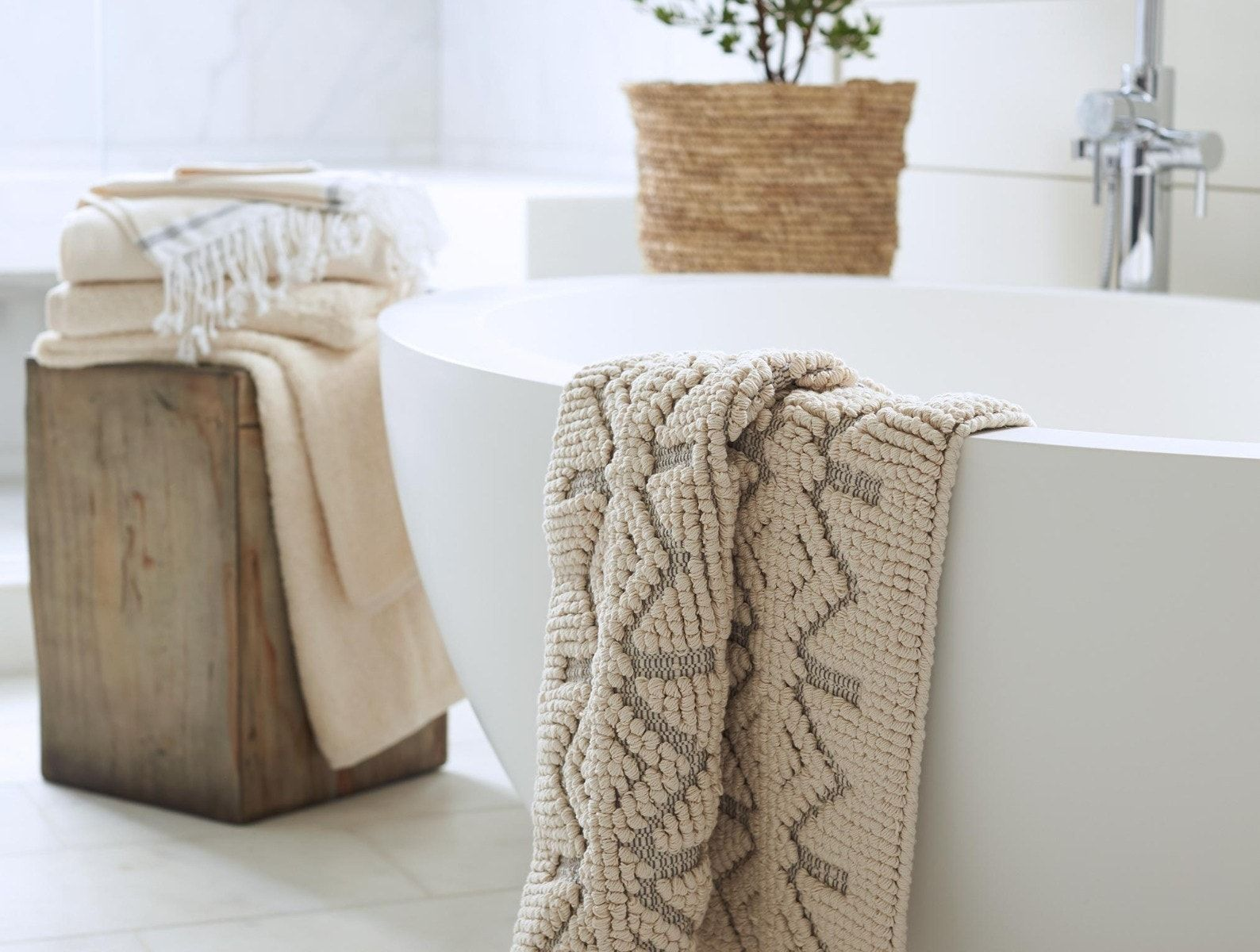 12 Best Bath Mats to Buy Online - Best Bathroom Rugs 12