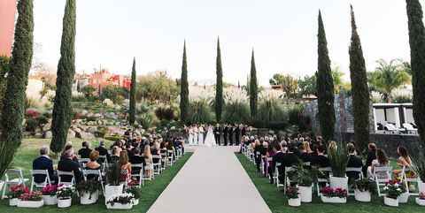 How To Plan A Destination Wedding Tips On Locations
