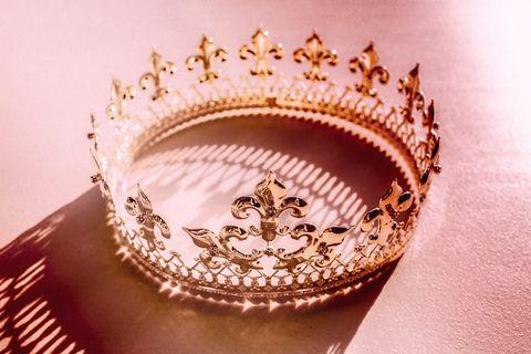 Headpiece, Crown, Fashion accessory, Hair accessory, Jewellery, Headgear, Tiara, Metal,