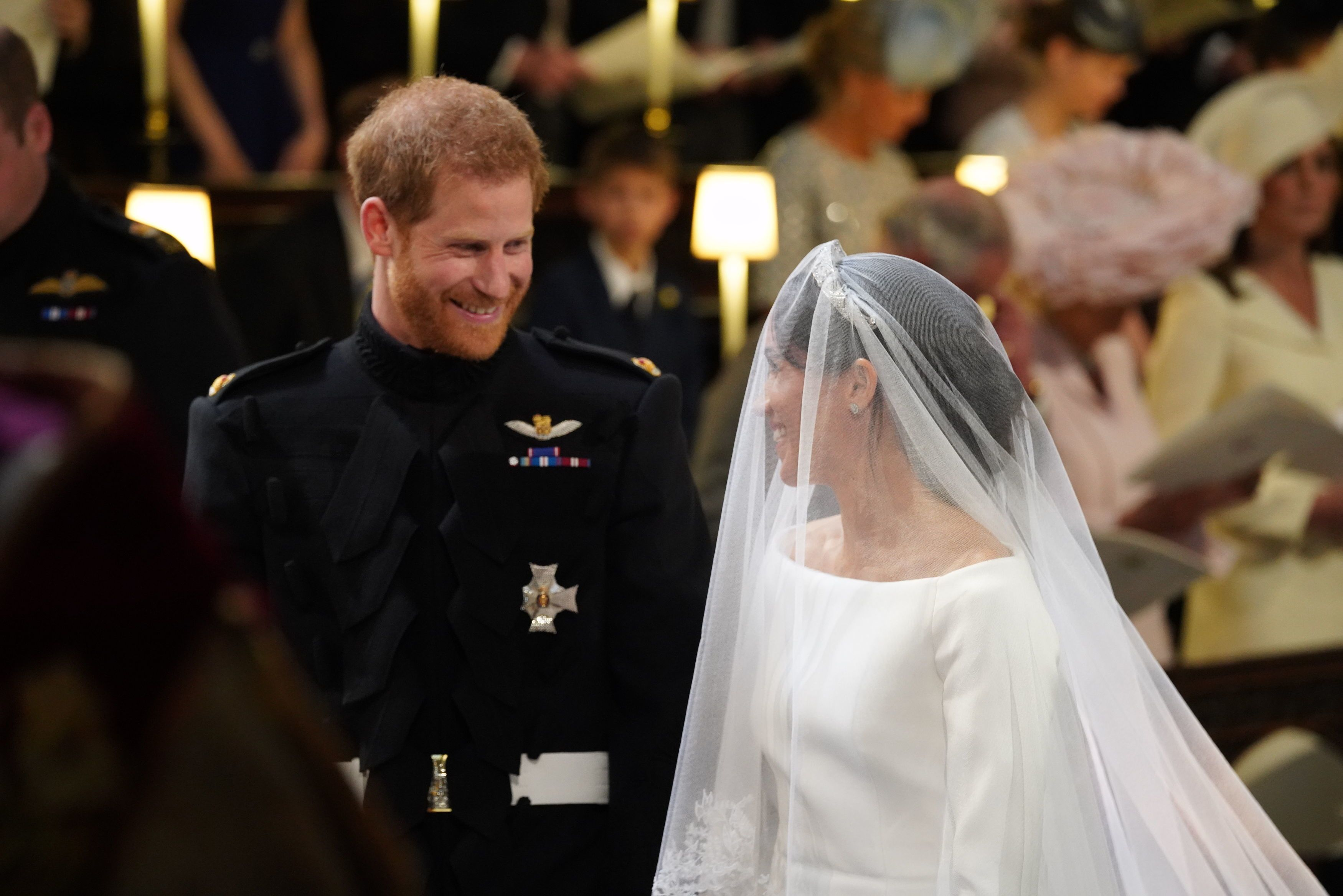 Matrimonio Harry In Chiesa : Dopo le parole di harry a megan allaltare arriva il gesto sexy