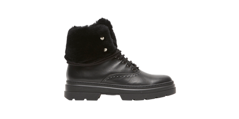 Footwear, Shoe, Black, Boot, Work boots, Hiking boot, Snow boot, Steel-toe boot, Athletic shoe,
