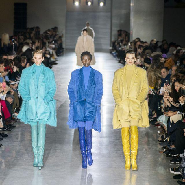 Fashion show, Runway, Fashion, Fashion model, Event, Fashion design, Public event, Human, Outerwear, Haute couture,