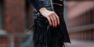 vrouw-tas-nagellak