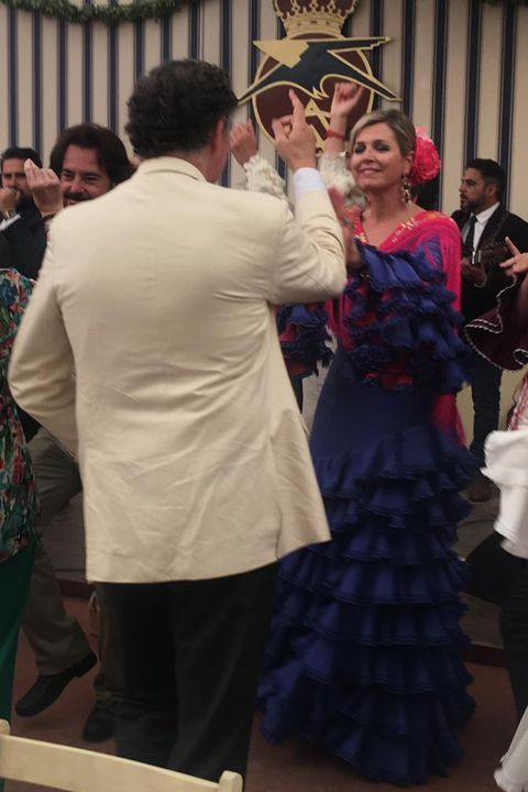 Event, Fashion, Dress, Tradition, Fun, Glasses, Ceremony, Gown, Costume, Crowd,