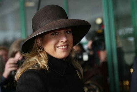 máxima zwarte hoed jas 2003