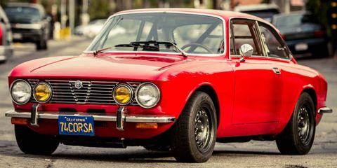 Land vehicle, Vehicle, Car, Classic car, Alfa romeo 105 series coupes, Regularity rally, Coupé, Sedan, Alfa romeo, Alfa romeo gta,