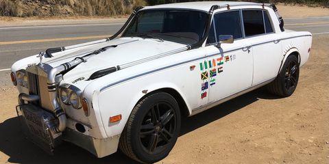 Land vehicle, Vehicle, Car, Luxury vehicle, Motor vehicle, Sedan, Rolls-royce silver shadow, Classic car, Automotive design, Rolls-royce,