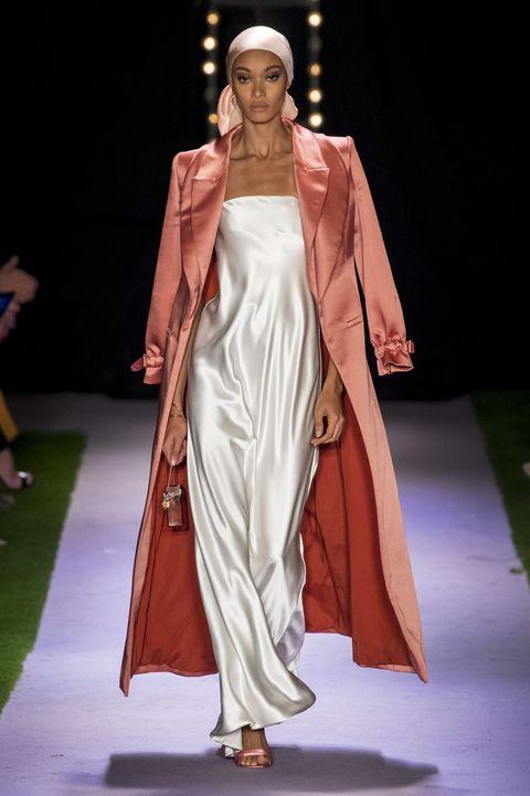 Moda Donna 2020: TUTTI i vestiti primavera estate 2020 che ameremo