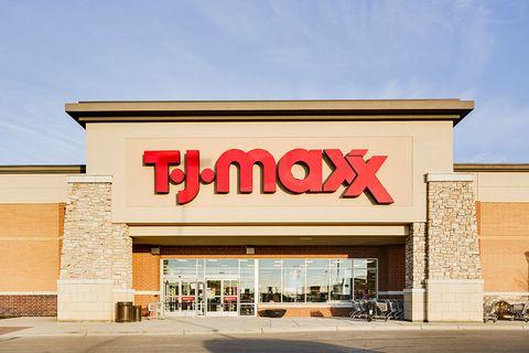 tj maxx   bridgewater falls lifestyle shopping center