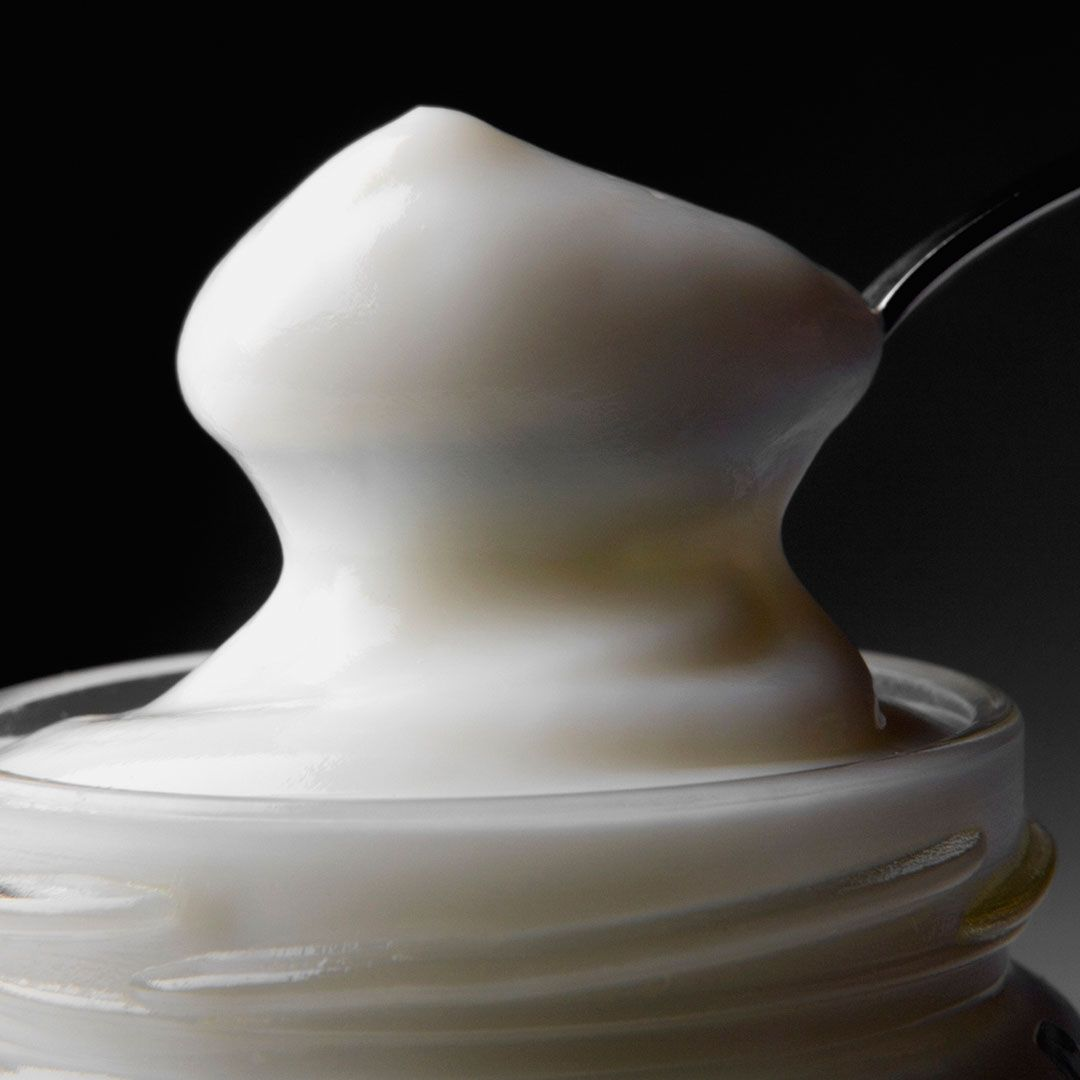 Light mayo True, light mayo has about half the calories and fat of the full-fledged versions. But as with other light products, cutting the fat often meads adding in sugar and other additives to make up for flavor.