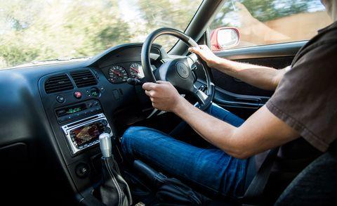 Motor vehicle, Steering part, Automotive mirror, Steering wheel, Vehicle, Automotive design, Center console, Car, Radio, Vehicle audio,