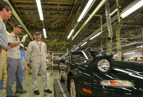 Vehicle, Car, Automobile repair shop, Sedan, Performance car, General motors ev1,