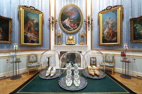 Manolo Blahnik exhibition - Wallace Collection