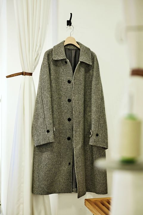Clothing, Clothes hanger, Outerwear, Coat, Sleeve, Jacket, Top, Overcoat, Beige, Blazer,