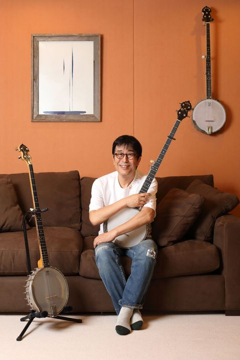 Musical instrument, String instrument, Plucked string instruments, String instrument, Tanbur, Folk instrument, Traditional chinese musical instruments, Banjo guitar, Music, Musician,