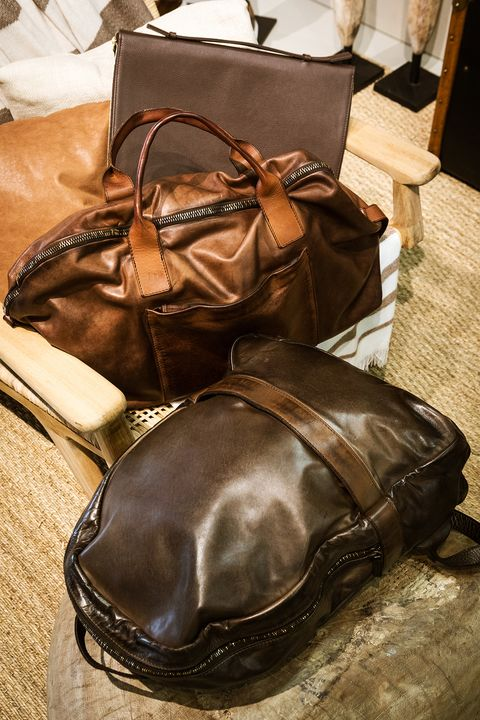 Leather, Bag, Brown, Footwear, Baggage, Shoe, Fashion accessory, Handbag, Satchel,