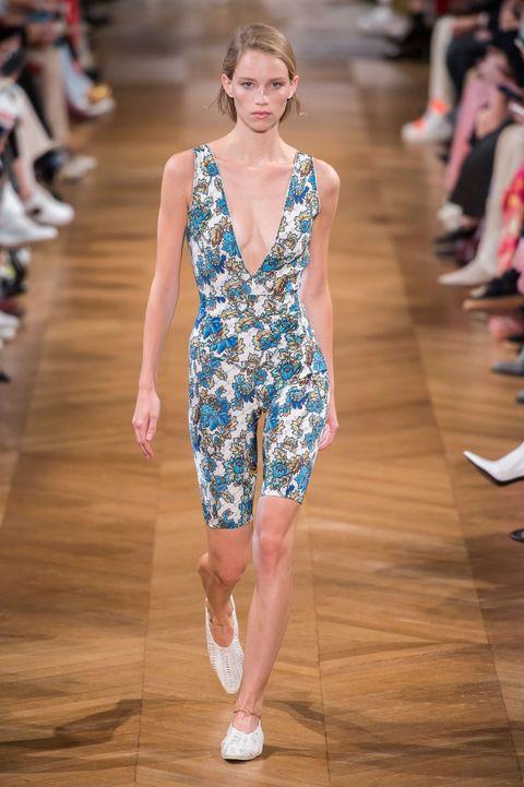 Stella McCartney, Stella McCartney Women SS 19, real time women SS 19, Paris fashion week, fashion week, primavera estate 2019