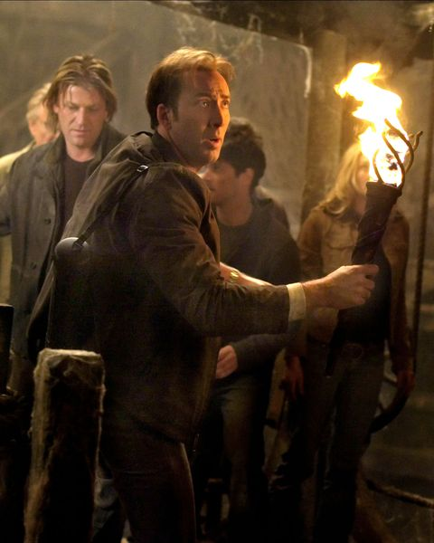 NATIONAL TREASURE, Jon Voight, Sean Bean, Nicolas Cage, Justin Bartha, Diane Kruger, 2004, (c) Touch