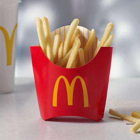 Yellow, Food, Fried food, Red, French fries, Deep frying, Junk food, Fast food, Cuisine, Side dish,