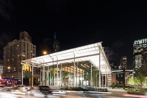 Night, Metropolitan area, Urban area, City, Building, Architecture, Metropolis, Light, Human settlement, Landmark,
