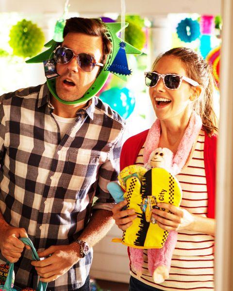 Eyewear, Fun, Yellow, Party, Balloon, Event, Photography, Happy, Sunglasses, Leisure,
