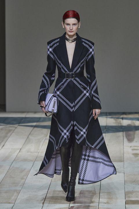 Fashion model, Fashion, Runway, Fashion show, Clothing, Haute couture, Fashion design, Outerwear, Event, Coat,