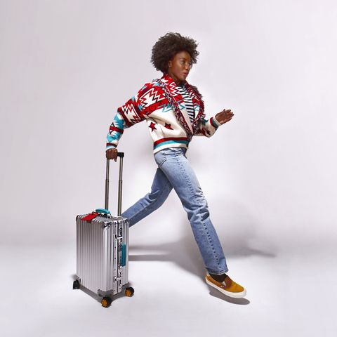 White, Standing, Joint, Leg, Jeans, Trousers, Ladder, Guitar, Electric guitar, Shoe,
