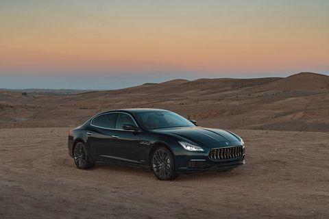 Land vehicle, Vehicle, Luxury vehicle, Car, Personal luxury car, Automotive design, Performance car, Sedan, Maserati quattroporte, Maserati,