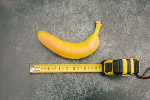 measure tape and banana.Size matters