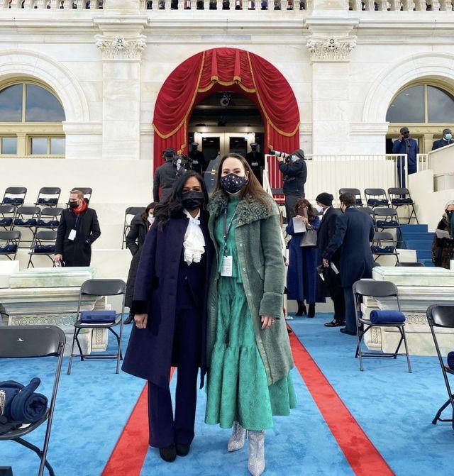 meena harris at the inauguration wearing green on january 20, 2021