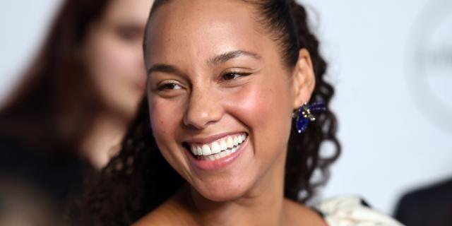 Alicia Keys Grammy host