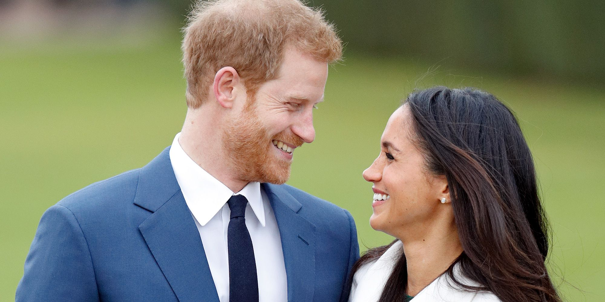 18 of Prince Harry and Meghan Markle's sweetest PDA moments