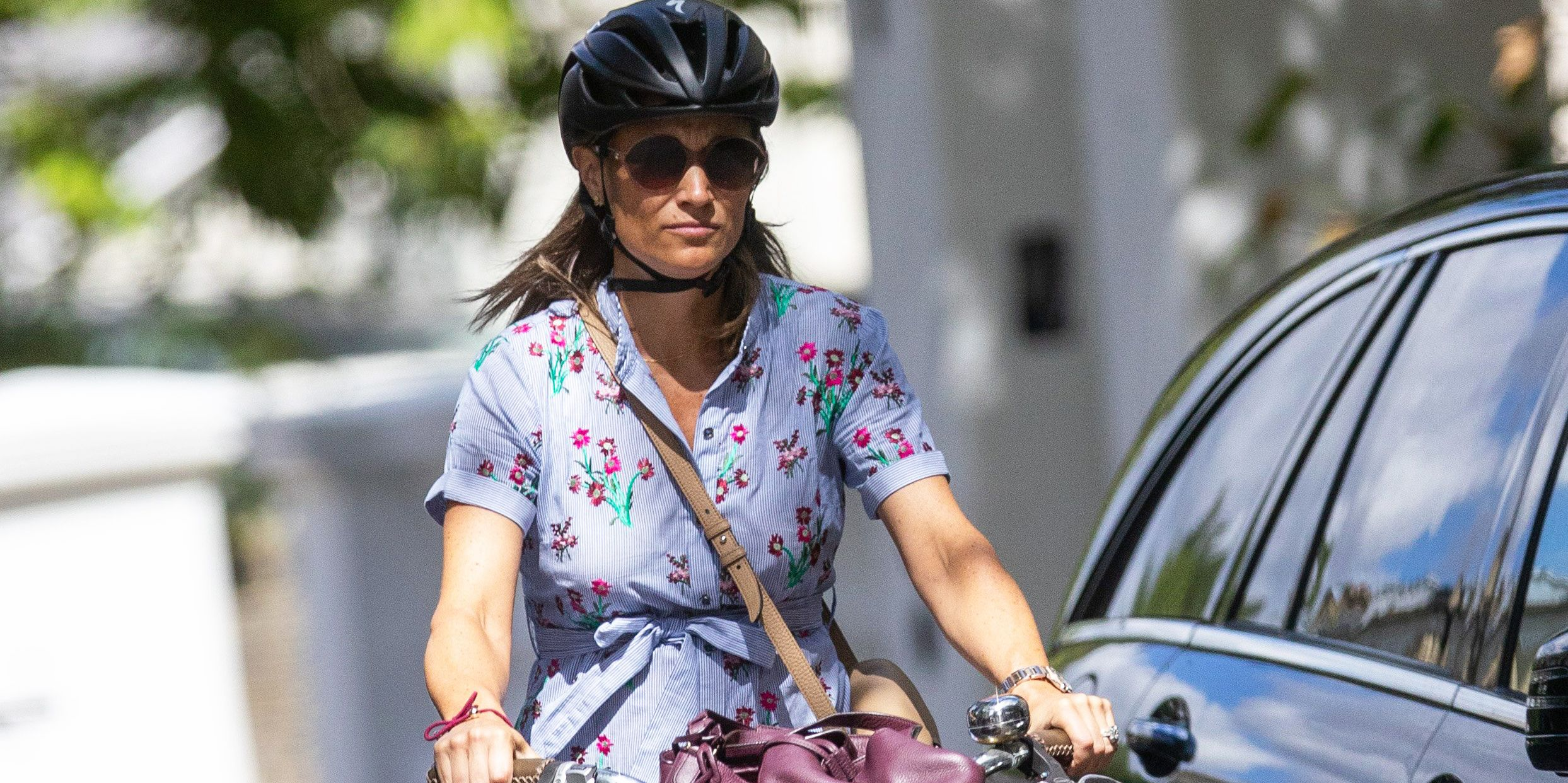 EXCLUSIVE: Pregnant Pippa Middleton seen riding her bike whilst out and about in London