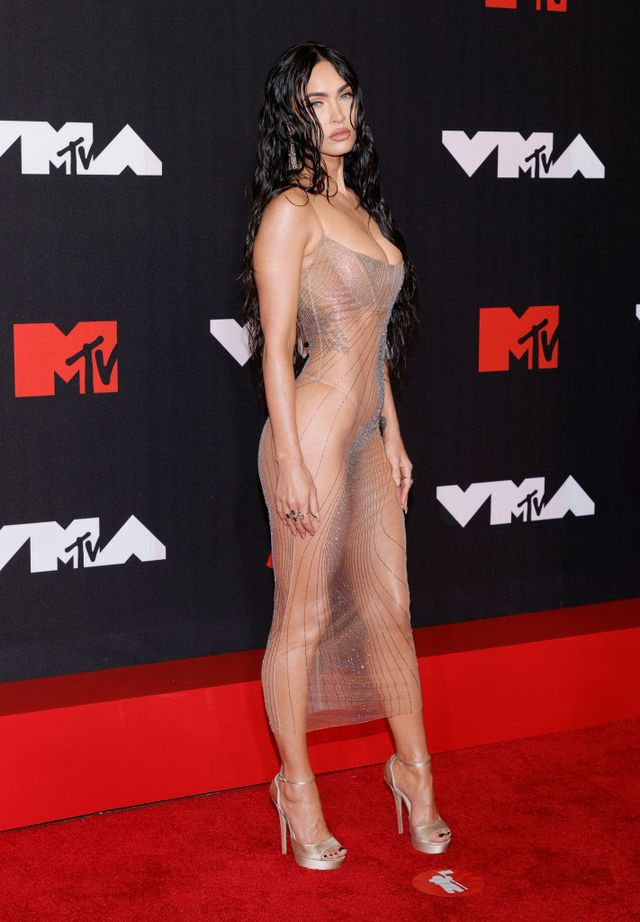 Why is visible underwear all over the red carpet?