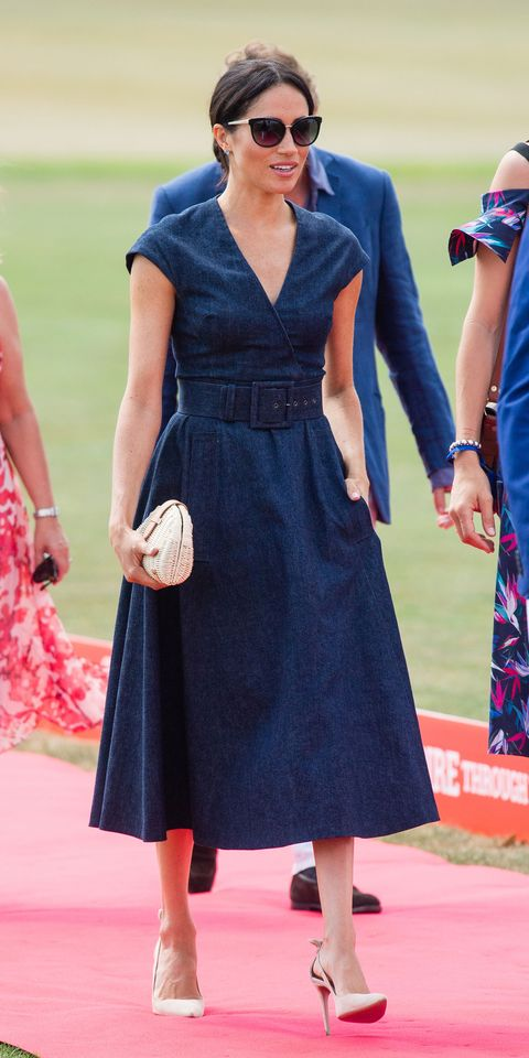 946546a37d5 Meghan Markle wears Carolina Herrera for the polo – Harry and Meghan ...