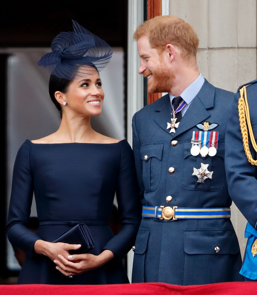 Flipboard: Meghan Markle And Prince Harry Give Birth To A