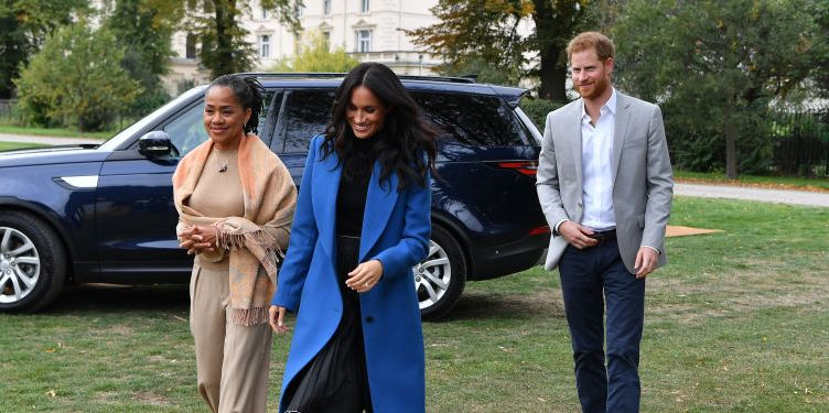 Inside Duchess Meghan and Prince Harry's 'Quiet' First Thanksgiving in California with Her Mom Doria
