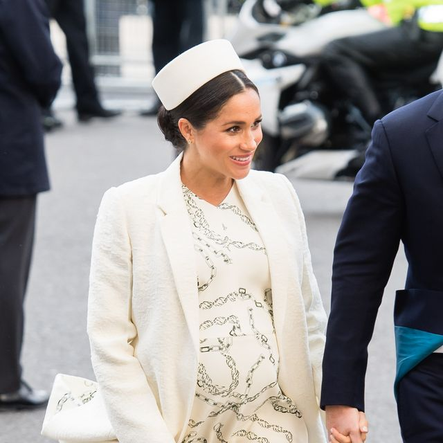 8d1148a95b73d Meghan Markle s Best Maternity Outfits - Duchess of Sussex s Chic ...