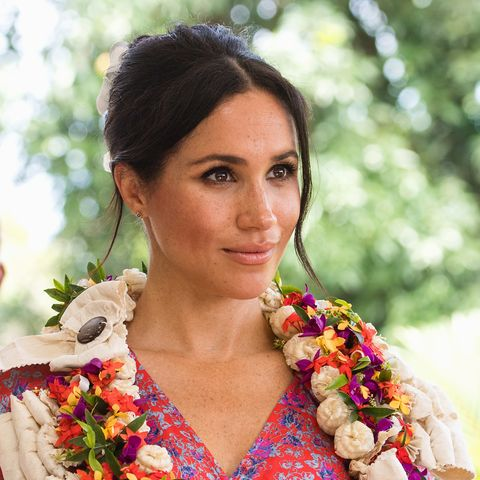 e6639f9d70b Meghan Markle s Favorite Brands Are On Sale Right Now - Shopbop Up ...