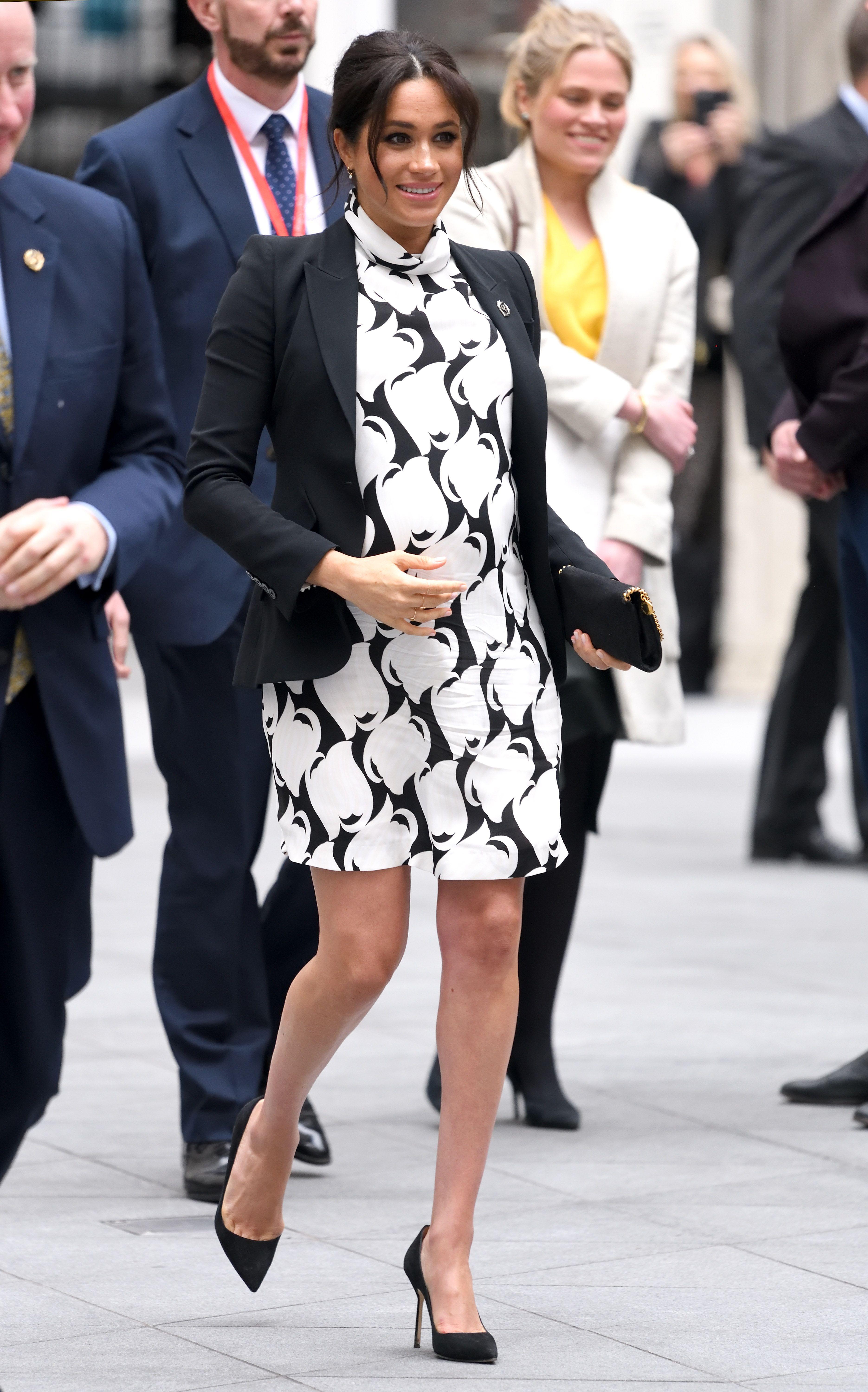 124a83e13cb Meghan Markle Maternity Style - Every Meghan Markle Pregnancy Outfit