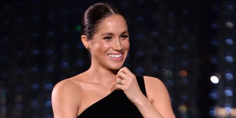 3fa511fd4e31 Meghan Markle Posed in a Photo Booth at the British Fashion Awards