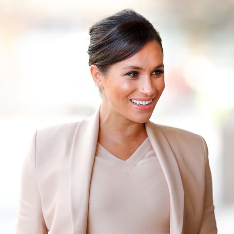 meghan markle  Visits The National Theatre